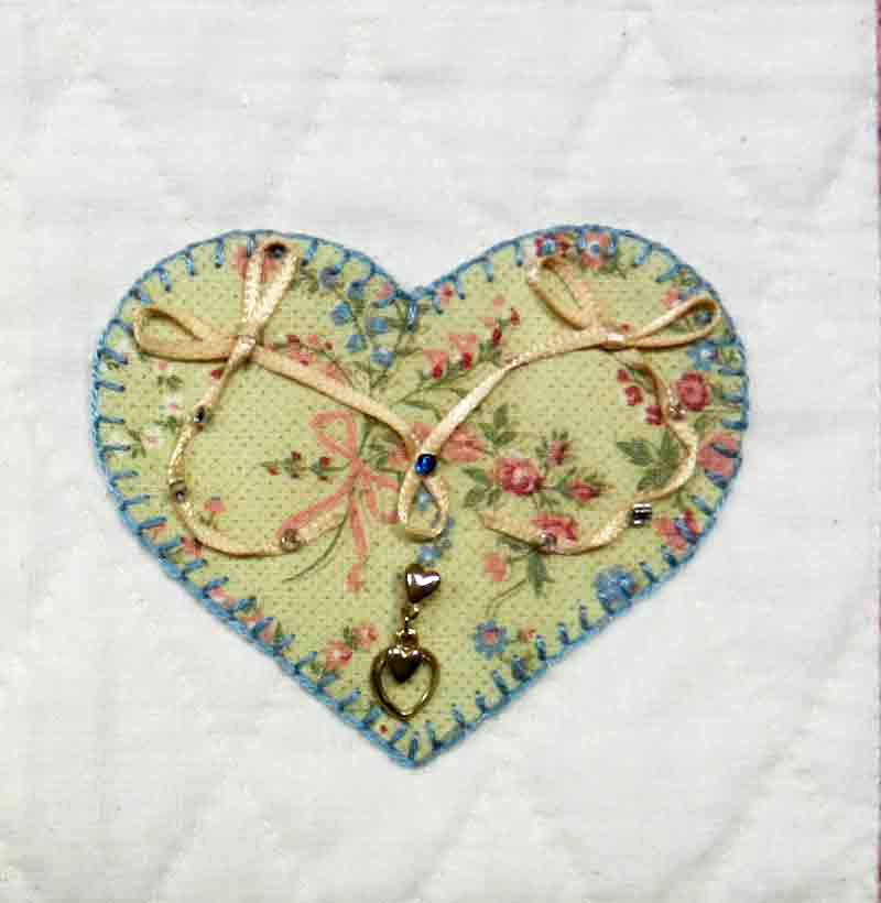 lacy hearts quilt